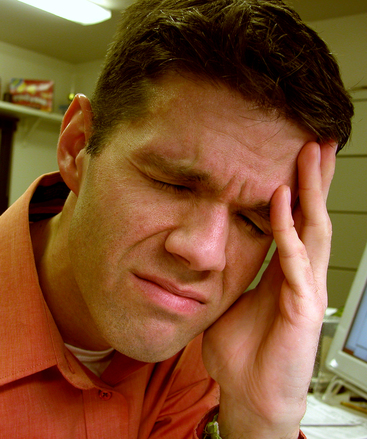 headache-14344661